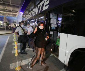 Piden saber qué pasará con los argentinos que no pueden regresar al país