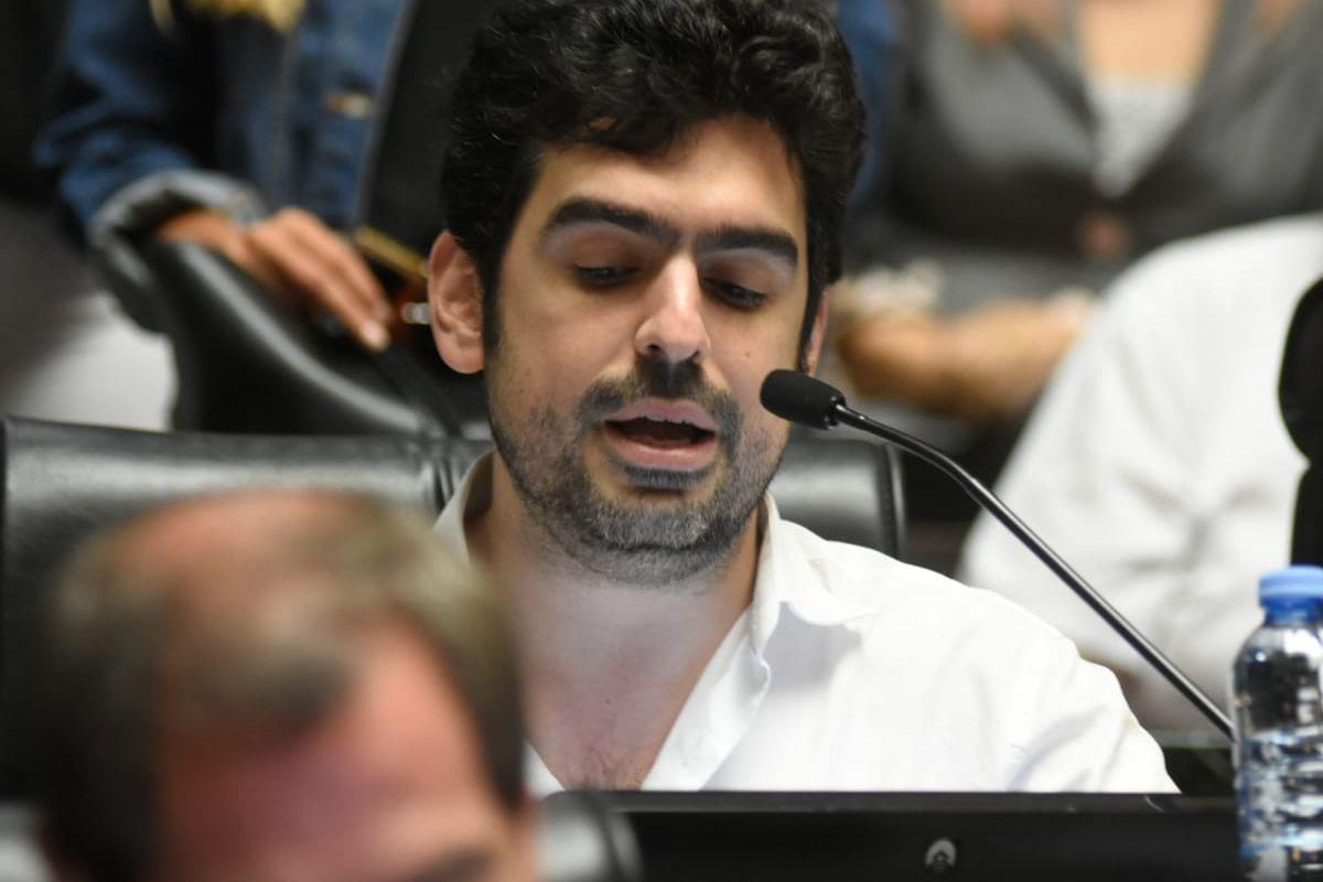 Juan Manuel Valdés – Parlamentario