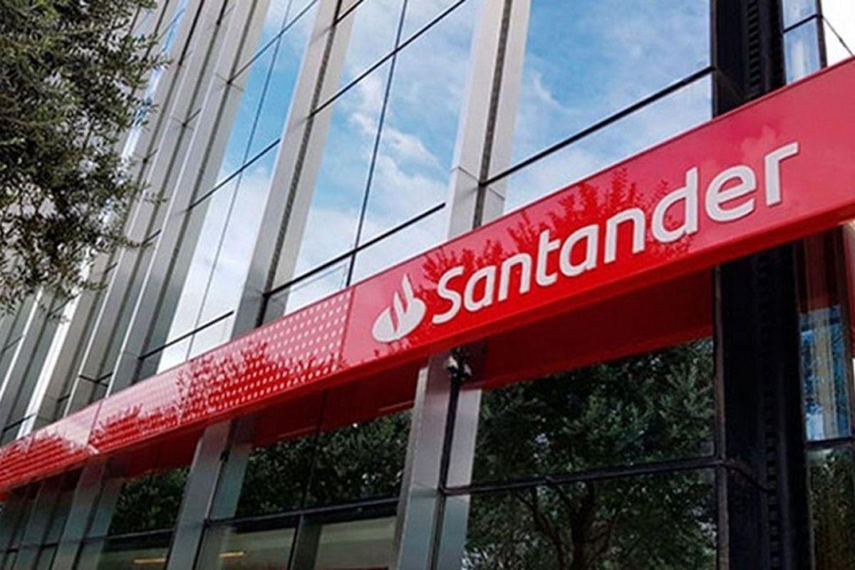Banco Santander, elegida como una de las 25 mejores empresas del mundo para  trabajar – Parlamentario