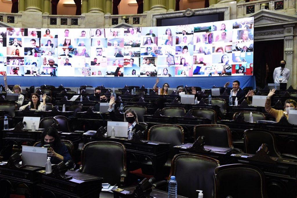 sesion virtual 4 agosto 2020 frente de todos votando