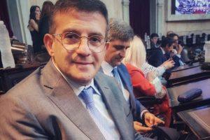Cisneros, un diputado que figuraba indeciso, reveló que votará a favor del aborto legal