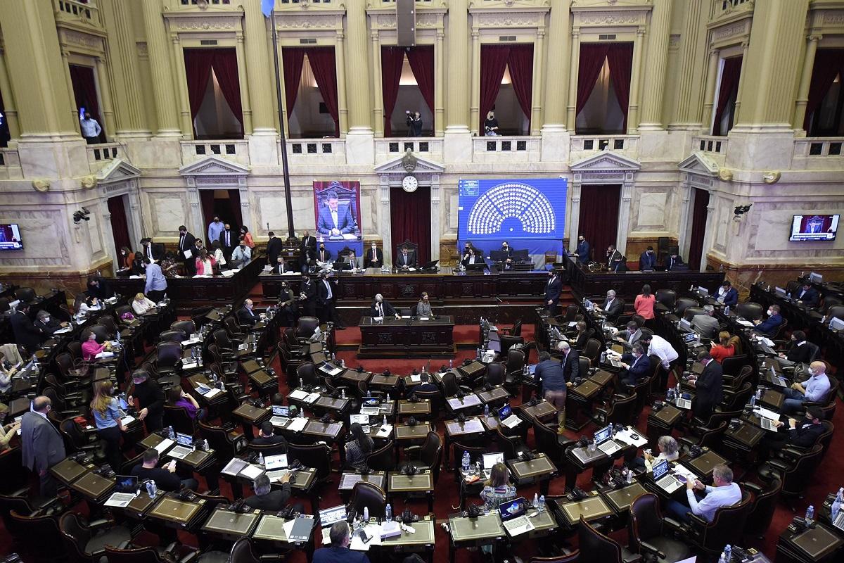 El oficialismo pidió una sesión especial para este miércoles en Diputados