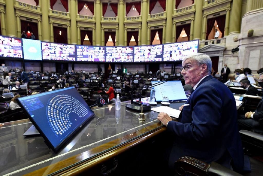 sesion aporte solidario diputados preside alvaro gonzalez