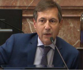 """Vacunación """"VIP"""": En el Senado, Juntos por el Cambio reclamó la interpelación a Cafiero y Vizzotti"""