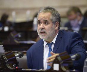 """Alejandro """"Topo"""" Rodríguez: """"Esta política económica conduce a un colapso"""""""