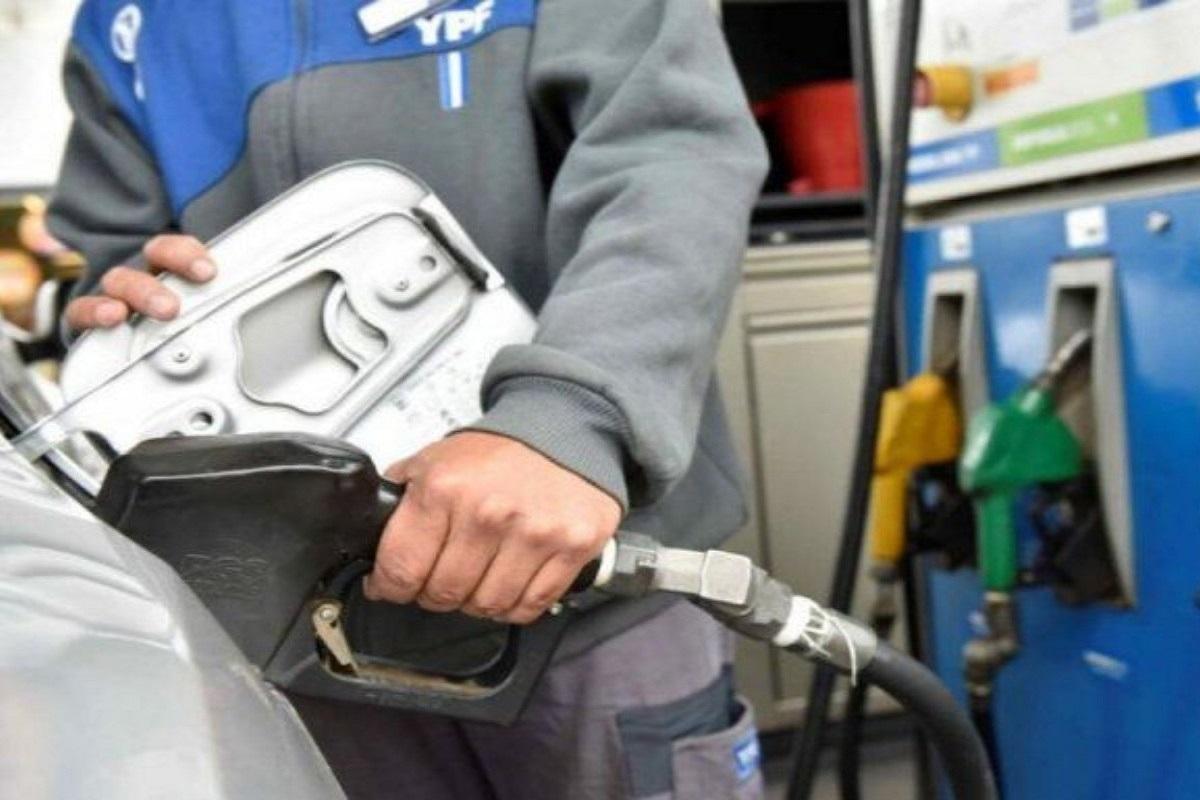 combustible nafta estacion de servicio