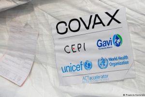 """Diputados oficialistas tildaron de """"falsa"""" la denuncia de la oposición por las vacunas COVAX"""