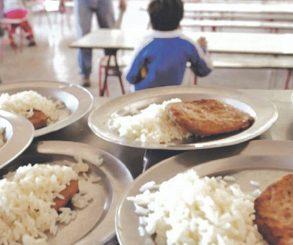 Reclaman a Kicillof la urgente reapertura de comedores escolares